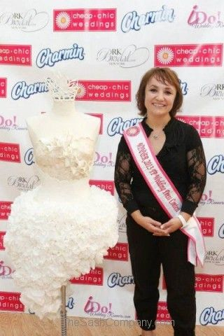 Pageant/34-2013-Cheap-Chic-Weddings-Toilet-Paper-Wedding-Dress-Contest.jpg