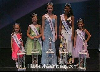 Pageant/8-Miss-Beyond-The-Stars.jpg
