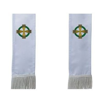 celtic_cross_but_its_celtic_knot_cross_white_w_fr
