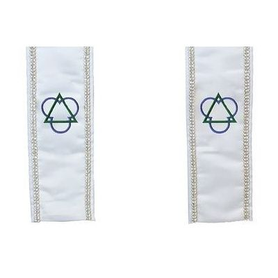 christian_trinity_clergy_white_wra_stole